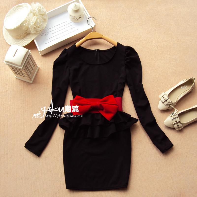Платье черное под пояс