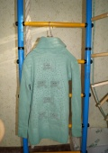 свитер зеленый