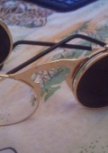 Зачетные очки с золотистым обрамлением