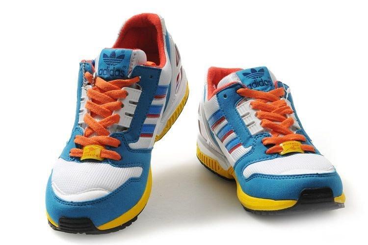 ...те же кросовки(Кроссовки Adidas ZX8000 ), что и в обувных бутиках, НО...
