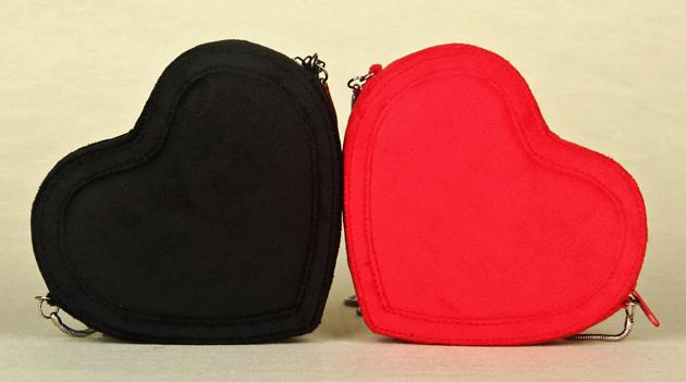 артикул... цвет: Черный золотой цепи большое пятно. внутренняя структура: Карман для мобильного. стиль сумки...