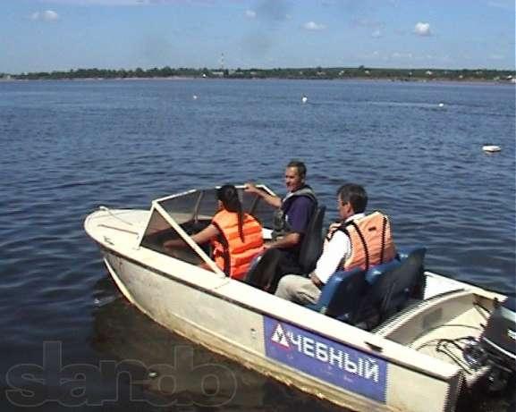 права на двигатели на лодке